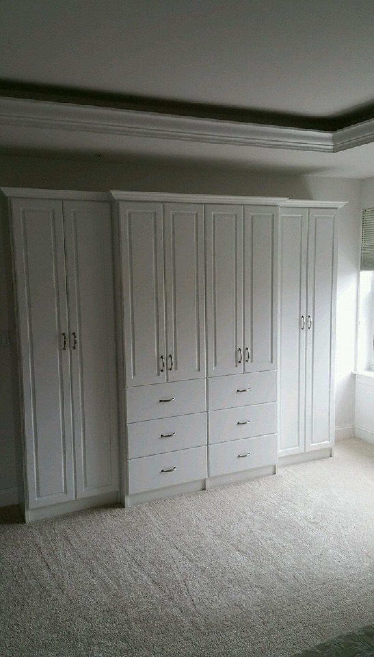 Master Bedroom Wardrobe Unit